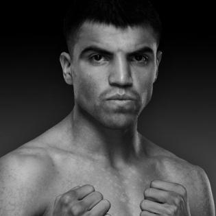 Victor Ortiz fighter profile