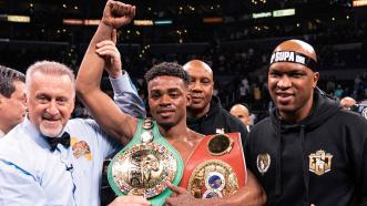 Spence Defeats Porter in a Historic War, Unifies Titles