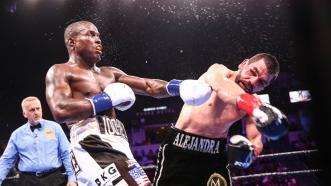 Angulo Stuns Quillin, Wins Split Decision in a Thriller