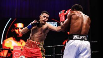 David Benavidez Stops Roamer Alexis Angulo in Dominant Performance