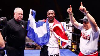 Yordenis Ugas Dazzles, Stops Mike Dallas Jr. in Seven